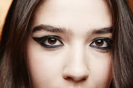Halloween Makeup With Eyeliner 7 Eyeliner Mistakes You Need To Stop Making Glamour