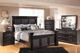Jessica Mcclintock Bedroom Sets Silverglade Mansion Bedroom Set By Signature Design Cavallino King