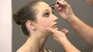 professional stage makeup premier school of how to apply stage make up