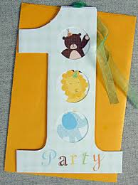 choosing customized 1st birthday invitations