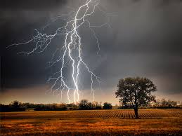 can lightning strike the same place britannica