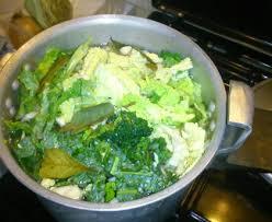 cuisiner le chou frisé soupe hivernale chou vert frisé et pomme de terre recette de