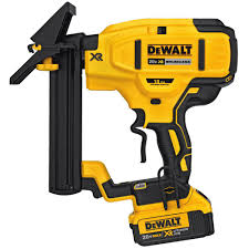 dewalt expands their 20v cordless nailer line with 4 nailers