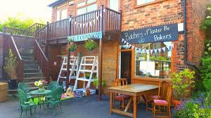 rightbiz detached deli cafe with on premise alcohol licence low