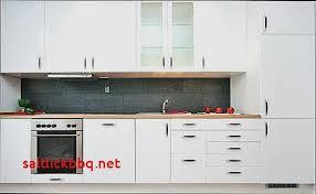 nettoyer cuisine nettoyer meuble cuisine stratifie pour idees de deco de cuisine luxe