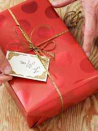 how to wrap presents unwrapgiftjpg christmas 2014 how to wrap gifts if you have a