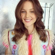 Puberty Blues Memes - puberty blues star isabelle cornish poses in a bikini for