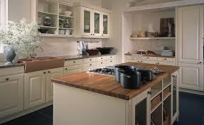 küche landhausstil modern küchen traditional style landhaus küche