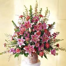 types of flower arrangements flower arranging instructions hubpages
