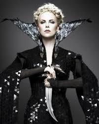 Evil Queen Halloween Costume Snow White Huntsman U2013 Review Charlize Theron Snow White
