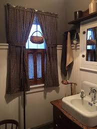 primitive decorating ideas for bathroom best 20 primitive bathroom decor ideas on primitive in