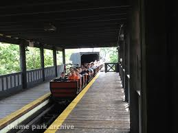 6 Flags Saint Louis Theme Park Archive River King Mine Train At Six Flags St Louis