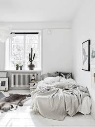 chambre blanc chambre tout en blanc 19 idées de décor blanc cette pièce