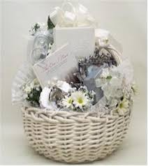 wedding gift basket ideas weddinganniversary