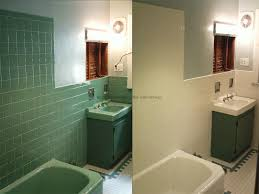 How To Paint Bathroom Tile Paint Bathroom Tile Before And After Http Www Ramshackleglam Com