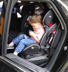 siège auto bébé dos à la route sécurité routière protégeons nos enfants avec joie le
