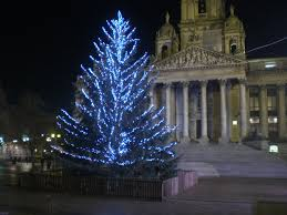 file portsmouth guildhall square christmas tree jpg wikimedia
