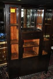 Mahogany Display Cabinets With Glass Doors by Large Breakfront Mahogany Lighted 4 Glass Door China Cabinet Baker