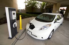 nissan leaf yearly electric cost why automakers are investing in electric cars business insider