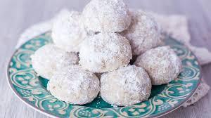 wedding cookies mexican wedding cookies recipe genius kitchen