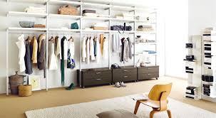 Schrank Im Schlafzimmer Begehbarer Kleiderschrank Schranksysteme Schlafzimmer Ein