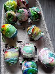 one savvy mom nyc area mom blog how to dye easter eggs with