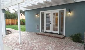 Patio Doors With Venting Sidelites by Door Amazing French Doors With Dog Door Patio Door With Built In