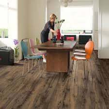 Quick Step Laminate Flooring Uk Quick Step Perspective Wide Reclaimed Chestnut Brown Planks