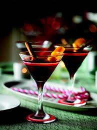 gingerbread martini recipe gingerbread manhattan cocktail delicious magazine