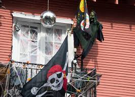 metal halloween decorations halloween decorations in the french quarter christopher ryan