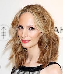 layered hairstyle medium length layered haircuts medium wavy medium length layered hairstyles for