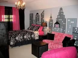 Paris Themed Living Room by Best 25 City Theme Bedrooms Ideas On Pinterest Paris Decor For