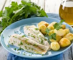 comment cuisiner le congre poisson poisson blanc au court bouillon recette de poisson blanc au court