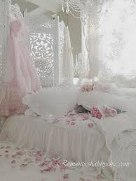 Shabby Chic Bedroom Images by 215 Best Blogs Romantic Shabby Chic Images On Pinterest French