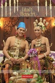 wedding dress jogja foto pernikahan adat jawa lita hendri wedding di jogja by