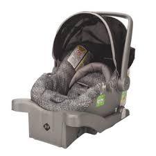 si e auto enfant 3 ans comment savoir si un siège d auto pour enfant est expiré blogue