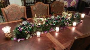 mardi gras table decorations mardi gras prettyeasyliving