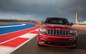 srt jeep red 2014 jeep grand cherokee srt track drive motor trend