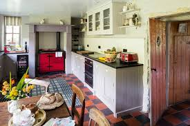 transforming a welsh cottage period living