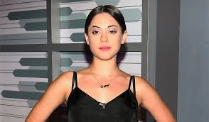 Seeking Rosa Salazar Robert Rodriguez S Alita Battle Has Found Its Lead