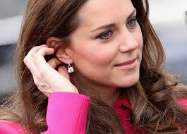 kate middleton diamond earrings kate middleton dangling diamond earrings kate middleton dangle