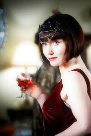 miss fisher hairstyle essie davis glams up for 1920s melbourne murder mystery vogue