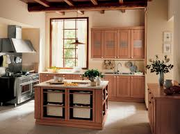 fancy u shape kitchen decoration with light brown wood kitchen