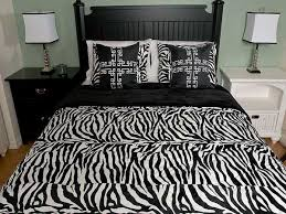 Animal Print Bedroom Decor Zebra Bedroom Decor Lakecountrykeys Com