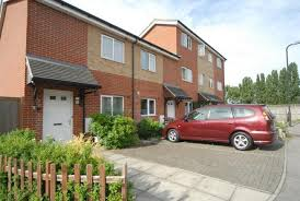 2 Bedroom Apartments Perth Rent 2 Bedroom Apartment To Rent In Perth Close Northolt Ub5 4au Ub5