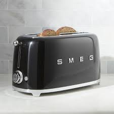 Under Cabinet 4 Slice Toaster by Smeg Cream 4 Slice Toaster Crate And Barrel