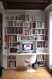 bibliothèque avec bureau intégré meuble bureau bibliotheque mobilier bureau design lepolyglotte
