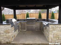 Bbq Outdoor Kitchen Islands Best 25 Stone Bbq Ideas On Pinterest Barbecue Area Outdoor