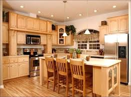 ing kitchen paint colors with light maple cabinets wall color