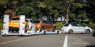 nissan leaf australia 2016 nissan leaf used as autonomous tow truck at factory photos 1 of 2